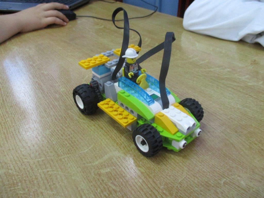 IMG 0568 - Πρωτοποριακό πρόγραμμα ρομποτικής eTwinning στο 1ο Δημοτικό Σχολείο Τυρνάβο
